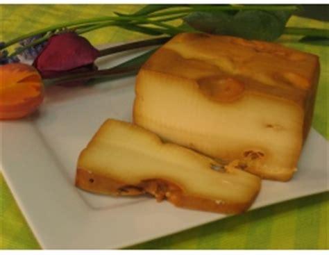 Tshirt Milk Pasteurised naturally apple smoked swiss cheese buy wholesale cheese