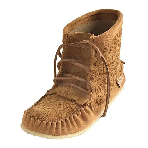 Handmade Moccasin Boots - best 25 moccasin boots ideas on
