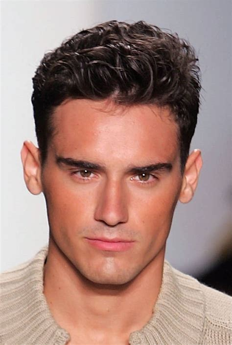 hair style for men facematching mens fashionable hairstyles 2011 the elitist view men s