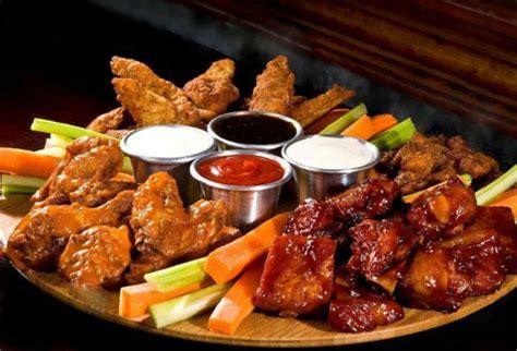 imagenes de hot wings 161 alitas y exquisita comida pag 225 5 000 y consum 237 10 000