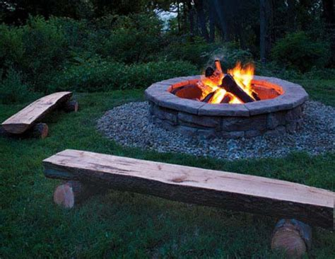 How To Throw A Bonfire Party That Everyone Will Love How To Start A In A Firepit