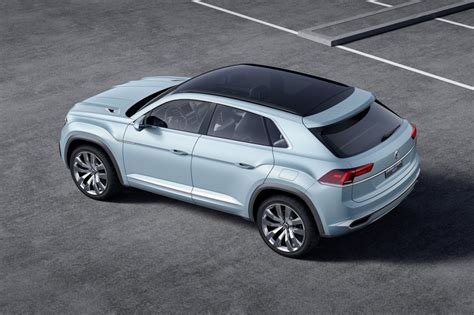 volkswagen coupe volkswagen previews crossover with cross coupe gte concept