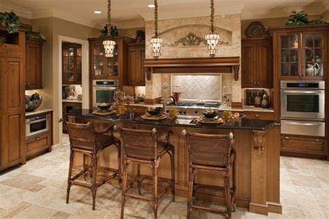 Top Quality Kitchen Cabinets by The Enduring Style Of The Traditional Kitchen