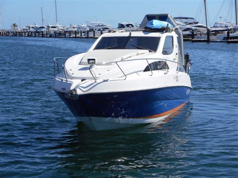 boats online whittley whittley cr 2800 power boats boats online for sale