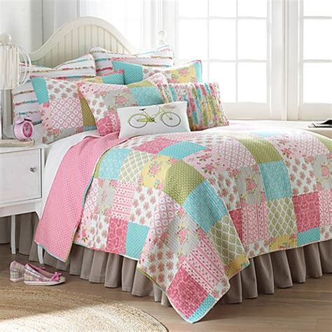 bed bath beyond quilts stephanie quilt bed bath beyond
