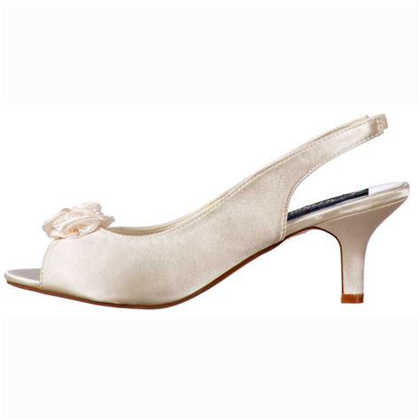 wedding shoes kitten heel onlineshoe low kitten heel bridal wedding peep toe shoes diamante flower ivory satin