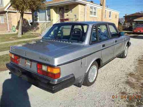 buy  great running  volvo  dl runs   miles  reserve  chicago il