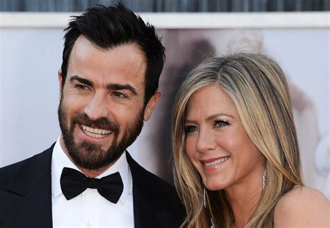 Aniston Expected 2 by Aniston And Justin Theroux Jet To Bora Bora