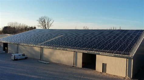 toiture de hangar solution hangar solaire le photovolta 239 que au service des