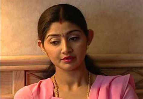 kerala actress divya unni malayalam cinema actresses profile and photos
