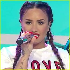 demi lovato sorry not sorry today show demi lovato performs on today talks sobriety watch
