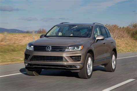 volkswagen car 2017 2017 volkswagen touareg vw gas mileage the car connection