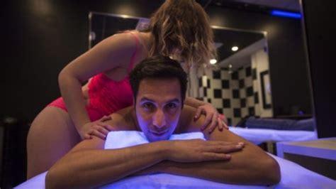 montreal erotic massage parlours flourishing despite anti prostitution law montreal