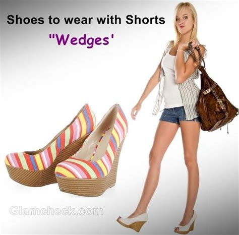 what shoes to wear with shorts for