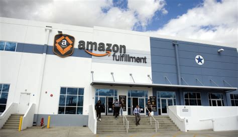 amazon warehouse amazon warehouse outside www pixshark com images