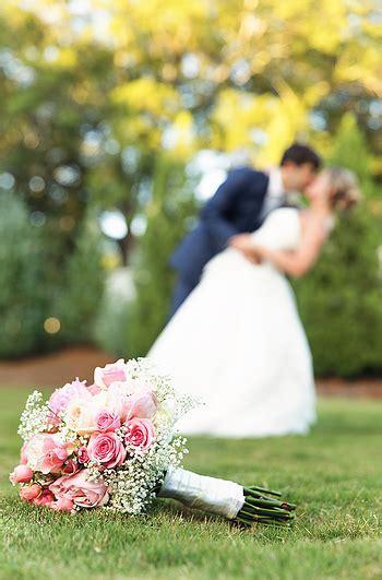 Wedding Photographer Captures The Detail   Wedding Dress