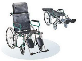 Kursi Sofa Bisa Jadi Tempat Tidur kursi roda rebahan gm fs902gcm kursi roda 2in1 reclining