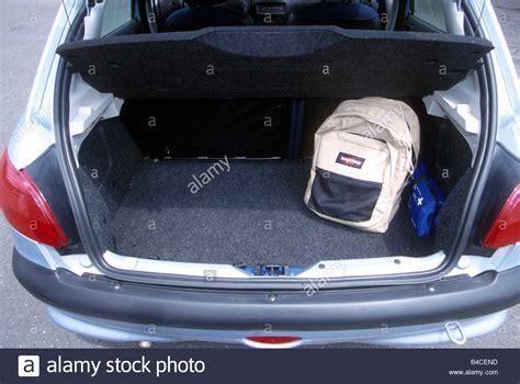 peugeot 206 sw parcel shelf image gallery peugeot 206 trunk