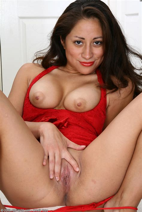 hot older women 31 year old veronica v from mexico city mexico in high