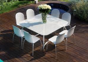 White Patio Table And Chairs Modern White Outdoor Tables And Chairs Loto Ninfea From Nardi Digsdigs