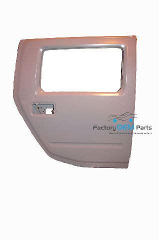 hummer  rear  rh door frame shell primered gray