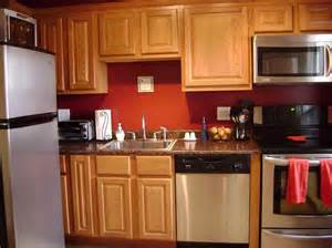 Wall Paint Ideas For Kitchen by Painting Kitchen Walls Marceladick Com