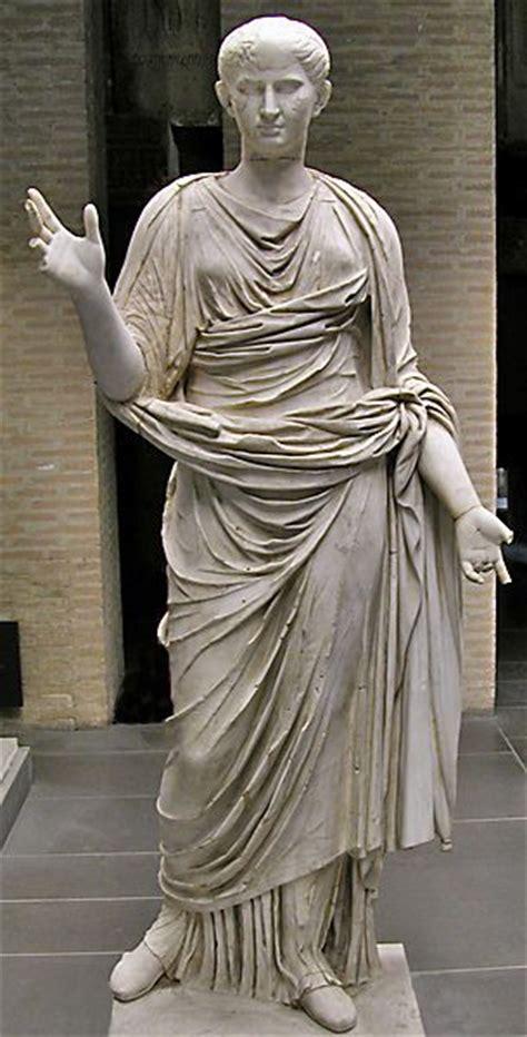 ancient roman women sculptures 100 best images about ancient clothing on pinterest