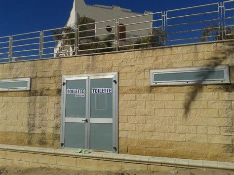 bagni pubblici bagni pubblici a marina di ragusa chiusi da ottobre