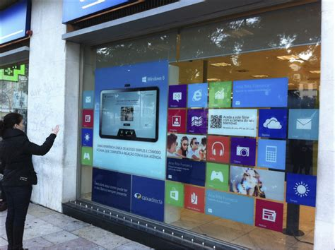 digital windows digital merchandising engagement through the looking glass