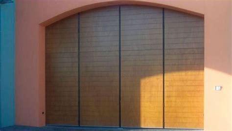 quanto costa porta a libro porte garage prezzi le porte costo porte per il garage