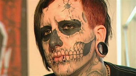 zombie tattoo nach der trennung kam die nadel