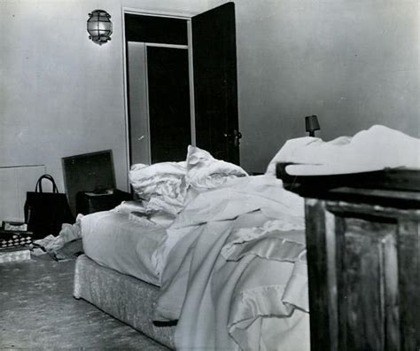 marilyn monroe bedrooms marilyn monroe s last home house crazy