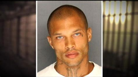 How To Look Up Someone With A Criminal Record Photogenic Felon S Mug Has Calling Him The Sexiest Criminal In America