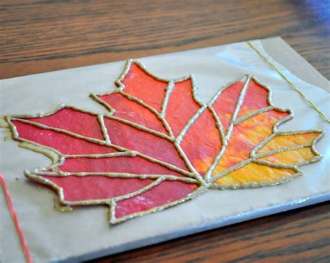 How To Make Stained Glass With Wax Paper - wax paper stained glass dyi projects