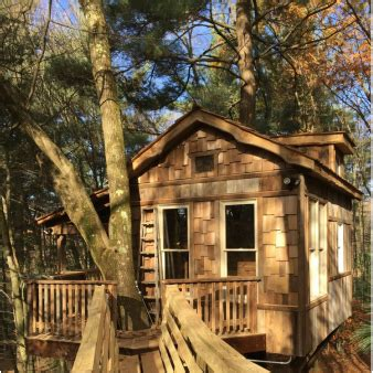 tree houses for rent in ohio treehouses the mohicans rustic barn wedding venue tree house and cabin rentals