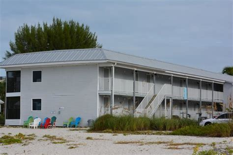 Hotel From The Beach Picture Of Shalimar Cottages And Shalimar Cottages And Motel