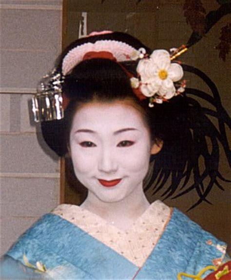 How To Do Geisha Hairstyles | the geisha xxyyx japanese geisha hairstyles