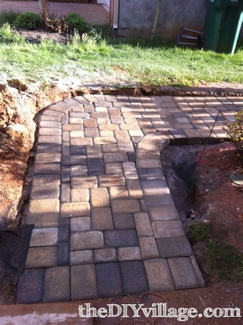 Lay Patio Pavers 25 Best Ideas About How To Lay Pavers On Diy Pavers Patio Brick Paver Patio And