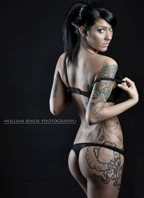 tattoo on hot body sexy tattoo girl