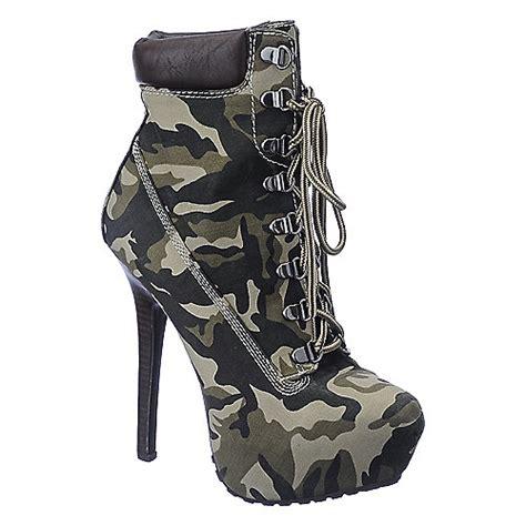 dollhouse womens tyrant camo platform high heel ankle boot