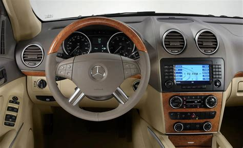 mercedes gls interior mercedes benz gl class price modifications pictures