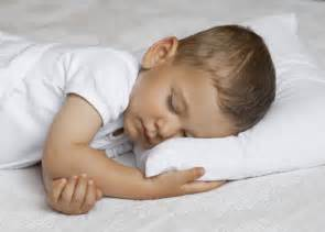 7 tips on getting your toddler to sleep better the stir