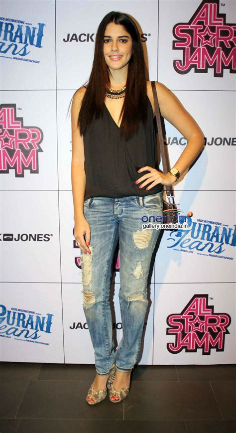 biography of film purani jeans photos purani jeans film promotion at jack jones store