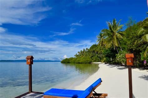 dive lodge raja at read this before visiting raja at indonesia travel guide