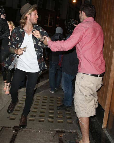 are ellie goulding and dougie poynter dating ok magazine dougie poynter protects ellie goulding ok magazine