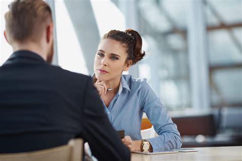 colloquio in come affrontare un colloquio di lavoro e farsi assumere