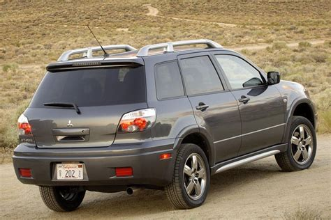 how it works cars 2006 mitsubishi outlander on board diagnostic system 2006 mitsubishi outlander overview cars com