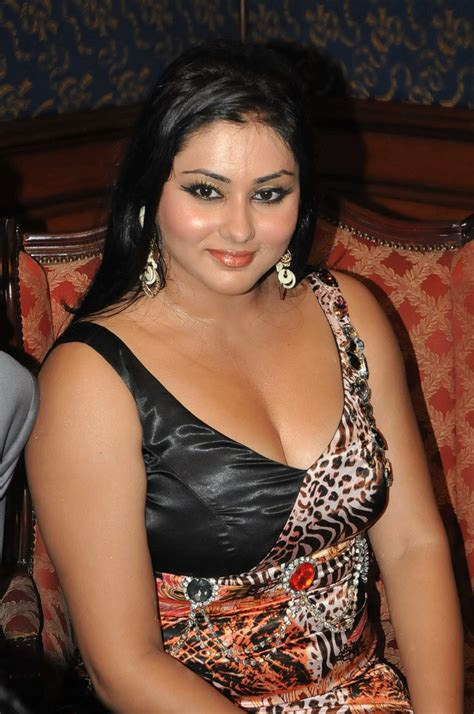 indian gallery namitha tamil photos tamil wallpapers