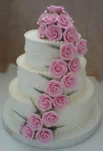 dekoration hochzeitstorte wedding cake designs wedding cake with roses decoration