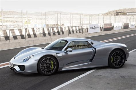 2015 porsche 918 spyder msrp 2015 porsche 918 spyder information and photos zombiedrive
